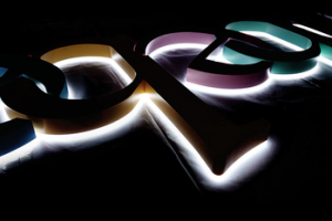 Custom made company names logos advertising channel signs illuminated led halo lit sign letters