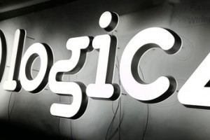 Waterproof acrylic letter led sign shop board