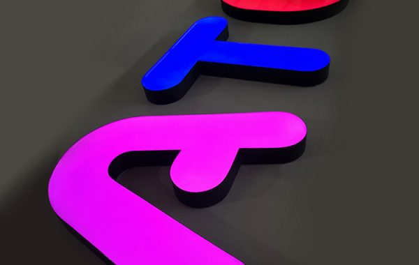 Custom-Color-Epoxy-Resin-Signage-Led-Channel
